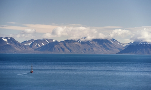 20-landscape-photography-mountain-photography-arctic-north-svalbard-norway