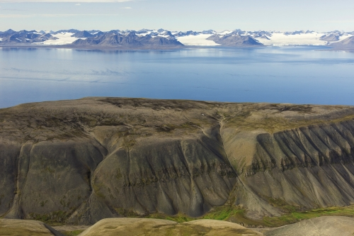 6-landscape-photography-mountain-photography-svalbard-norway
